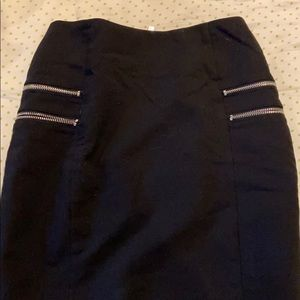 H&M Zipper Pencil Skirt